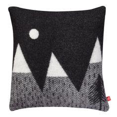 Cojines infantiles montañas realizado a mano de lana color blanco y negro decoración habitación, diseño Donna Wilson, ideas decoración