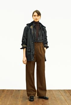Source by jessicalamming fashion women Androgynous Fashion Women, Androgynous Look, Queer Fashion, New Fashion, Fashion Looks, Indie Outfits, Cool Outfits, Fashion Outfits, Margaret Howell