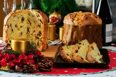 Santa Claus is coming to town! With Christmas being round the corner, how can one forget our childhood favorite, Christmas cake? Given below is a recipe to bake perfect home-made Christmas cakes and woo everyone's hearts.