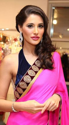 Nargis Fakhri Bollywood Replica Saree MF33001