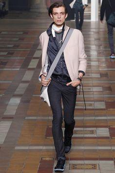 Lanvin Spring 2015 Menswear Fashion Show Lanvin, Spring 2015 Fashion, Spring Summer 2015, Vogue Paris, Fashion Show, Mens Fashion, Fashion Design, Stockholm Street Style, Paris Street
