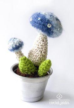 Blue toadstool, Cactusmelo - Crochet Jardim