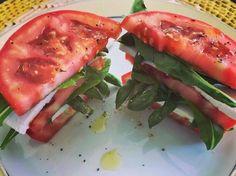 Salada Caprese com Aspargos
