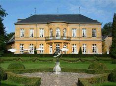 Kasteel Oost - TopTrouwlocaties - Valkenburg aan de Geul, Limburg #trouwlocatie #trouwen #feestlocatie