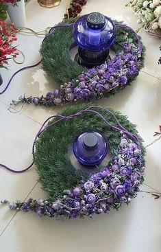 Floral Design by ? Funeral Flower Arrangements, Modern Flower Arrangements, Grave Flowers, Funeral Flowers, Deco Floral, Arte Floral, Floral Design, Grave Decorations, Flower Decorations