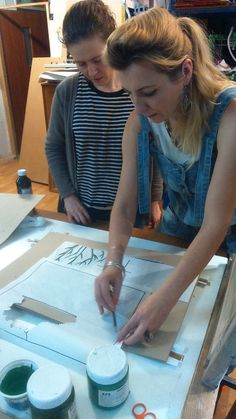 Warsztaty serigrafii 29.11.2015. Instruktor: Anna Ludwicka. http://dobrewarsztaty.pl