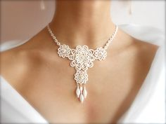 Ivory tatted lace necklace, wedding, floral - Sleeping Beauty collection - big via Etsy