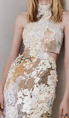 Alexander McQueen Resort 2014. omg the detail of this is beautiful