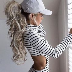 Bid volume ash blonde ponytail
