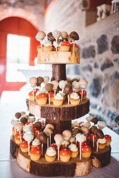Cake pops display boho ideas for 2019 Whimsical Wedding, Woodland Wedding, Trendy Wedding, Wedding Ideas, Boho Wedding, Wedding Planning, Wedding Inspiration, Cake Pop Displays, Woodland Cake
