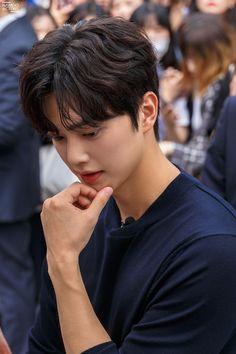 [Songgang] I feel like a real face. Song Kang Ho, Sung Kang, Lee Hyun Woo, My Love Song, Love Songs, Lee Min Ho, Handsome Korean Actors, Baby Songs, After Life