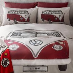 Campervan Gift - Volkswagen Red Campervan On Tour Duvet and Pillow Case Set, (http://www.campervangift.co.uk/volkswagen-red-campervan-on-tour-duvet-and-pillow-case-set/)