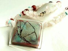 Collar cuarzo rosa - Collar piedras mariposa de BGLASSbcn por DaWanda.com