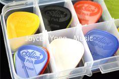 30 개 앨리스 투사 나일론 음향 전기 기타 Plectrums + 1 플라스틱 추천 상자 케이스 무료 배송