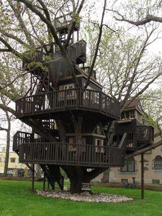 Dünyanın En Güzel Ağaç Evleri - St Louis Park, Mn Historical Trucker Treehouse.