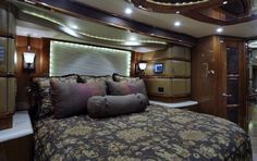 2013 Prevost, Find it on www.foundyt.com