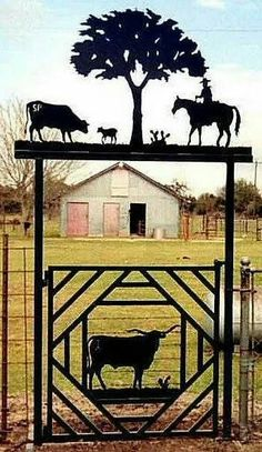 Ranch Gate - fantastic little ranch gate with some cows and a cowboy! Great for a farm in Scotland too! Ranch Gate - fantastic little ranch gate with some cows and a cowboy! Great for a farm in Scotland too! Garden Gates And Fencing, Fence Gate, Fences, Horse Fencing, Tor Design, Gate Design, Front Gates, Entrance Gates, Portal