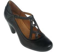 Indigo by Clarks Plush Leather Round Toe Dress Shoes