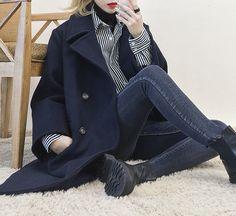 Korean Fashion Trends, Korean Street Fashion, Girl Outfits, Cute Outfits, Fashion Outfits, Womens Fashion, Navy Wool Coat, Ulzzang Fashion, Kawaii Clothes