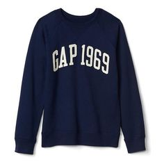 Gap Logo Raglan Sweatshirt ($24) ❤ liked on Polyvore featuring tops, hoodies, sweatshirts, elysian blue, regular, stitch sweatshirt, raglan sleeve sweatshirt, long length tops, blue top and logo top