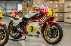 Barry Sheene's championship-winning bikes from to be displayed at Oliver's Mount in July Grand Prix, Suzuki Bikes, Guy Martin, Champion, Japanese Motorcycle, Bikes For Sale, Racing Motorcycles, Street Bikes, Custom Bikes