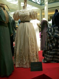 Liv Tyler, Onegin    Liv Tyler's gown from Onegin (1999). c.1820s, Russia.