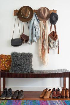 Love this clothing display   #cowgirl #cowgirlhome #cowgirlhomedecor    http://www.islandcowgirl.com/