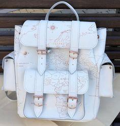 Stylish Backpacks, Cute Backpacks, Girl Backpacks, Stylish School Bags, School Bags For Girls, Grafea Backpack, Backpack Purse, Dresses For Teens Dance, Purse For Teens