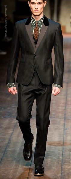 Fall 2014 Menswear Dolce & Gabbana Not sure about the fit of this suit on this model, but if tailored, it is a head-turner.
