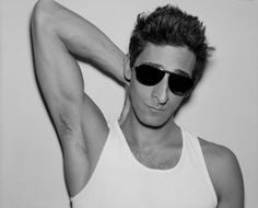 i have a severe crush on Adrien Brody.. i tend to like quirky guys, ones who aren't necessarily classically handsome. he's so talented and artistic and SEXY.. yes. severe crush. marry me?