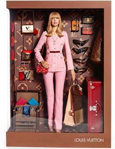 Beautiful Barbie has several new looks, courtesy of Vogue Paris! Check out the 11 real-life designer Barbie dolls from Vogue. Foto Fashion, Vogue Fashion, Fashion Dolls, High Fashion, Style Fashion, Fashion Beauty, Luxury Fashion, Dolly Fashion, Fashion Shoot
