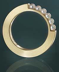 """Quarter"" Andrea Brachthäuser Ring"