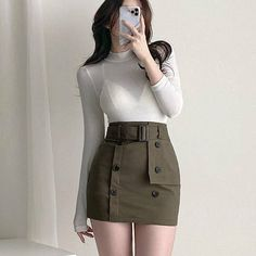 Cute Girl Outfits, Edgy Outfits, Korean Outfits, Cute Casual Outfits, Pretty Outfits, Korean Girl Fashion, Ulzzang Fashion, Cute Fashion, Girls Fashion Clothes