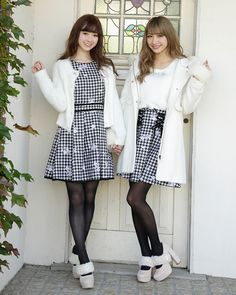 Kawaii Fashion, Lolita Fashion, Trendy Fashion, Womens Fashion, Ladies Fashion, Stockings And Suspenders, Stockings Legs, Sexy Outfits, Cute Outfits