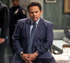 Person of Interest: Kevin Chapman as Fusco | Person of Interest CBS. He has quite a charming, quirky character! <3