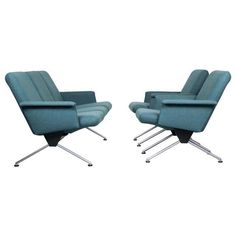 For Sale on - Very timeless and quite rare Mad Men like lounge set designed by Andre Cordemeyer in 1961 for Gispen. This Industrial lounge set contains two model 1432 Outdoor Chairs, Outdoor Furniture, Outdoor Decor, Buy Sofa, Sofa Shop, Vintage Sofa, Modern Chairs, Sofas, Chrome
