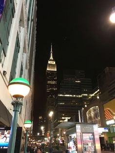 Empire State Building in the evening. Love that building!!!
