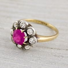vintage ring - hot pink