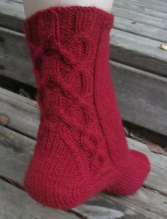 Ravelry: Arkadian Ulla pattern by Tiina Kuu Knitting Socks, Knit Patterns, Small Groups, Ravelry, Sewing, Crochet, Belts, Slippers, Create