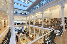 Bucharest's Old Town is definitely the best place to be at these days. A brand new stunning bookstore named Cărturești Carusel has opened its doors to the curious ones. Capital Of Romania, Interior Architecture, Interior Design, Bucharest Romania, Eastern Europe, Old Town, Carousel, The Good Place, Mansions