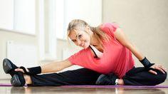 Mit einfachen Gymnastik-Übungen kann man schlaffes Bindegewebe stärken.