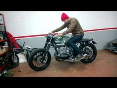 BMW R 100 RT special boxer twin scrambler cafe racer - YouTube