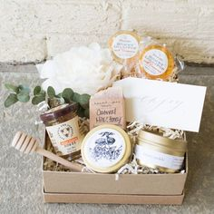 """""""HONEY LOVE"""" GIFT BOX Marigold & Grey creates artisan gifts for all occasions. Wedding welcome gifts. Workshop swag. Client gifts. Corporate event gifts. Bridesmaid gifts. Groomsmen Gifts. Holiday Gifts. Order online or inquire about custom gift design. http://www.marigoldgrey.com Image: Lisa Ziesing of Abby Jiu Photo"""