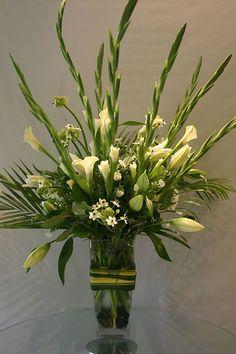 Beautiful Gladiolus Flower Arrangements For Home Decorations 5