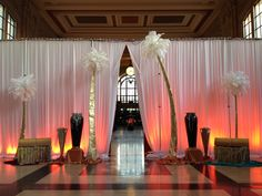 EPIC goes to prom! We took a trip down memory lane with this Arabian-themed prom at Union Station.