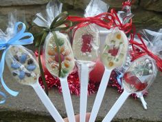 Sladké lžičky Desserts, Gifts, Manualidades, Tailgate Desserts, Deserts, Presents, Postres, Dessert, Favors