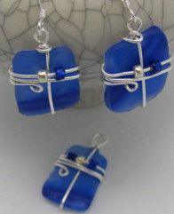 Blue Murano Glass Earrings recycled vintage glass by ruddlecottage, $22.99