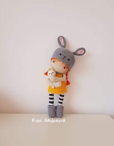 Crochet Doll Tutorial, Crochet Doll Pattern, Crochet Bunny, Cute Crochet, Crochet Patterns, Crochet Doll Clothes, Knitted Dolls, Crochet Dolls, Crochet Batman