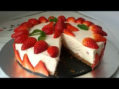 YouTube Raw Food Recipes, Sweet Recipes, Cake Recipes, Dessert Recipes, Spanish Cuisine, Iftar, Strawberry Recipes, No Bake Desserts, Yummy Food