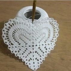 Ideas Crochet Heart Motif Stitches For 2019 Crochet Squares, Crochet Motif, Crochet Designs, Crochet Doilies, Easy Crochet, Crochet Flowers, Crochet Stitches, Embroidery Stitches, Embroidery Patterns